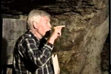Ron Wyatt in Zedekiah's Cave
