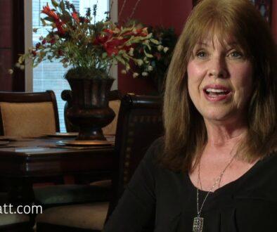Mary Nell Wyatt Lee tells how she met Ron